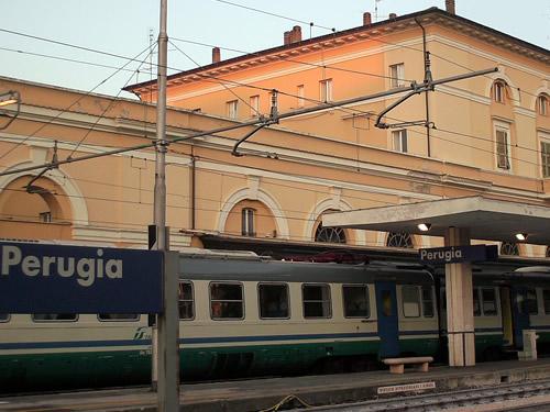 treni metro autobus perugia pasqua foto